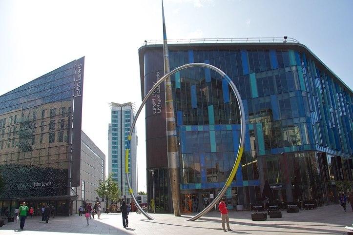 1024px-Cardiff_(15801926738).jpg