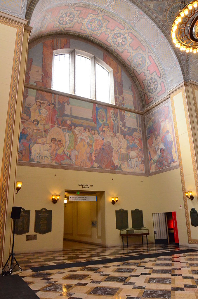 678px-Los_Angeles_Library_(4)