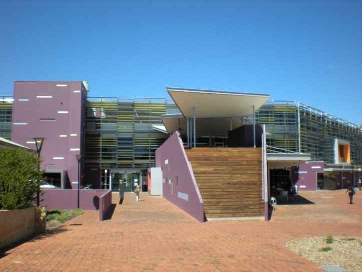 Edith_Cowan_University_Joondalup_library.jpg