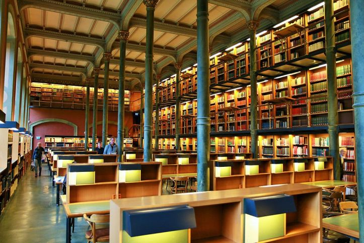 The_National_Library_of_Sweden_-_Kungliga_biblioteket_Stockholm_-_lesesalen_-_reading_hall